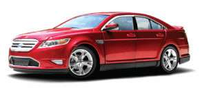 GREENLIGHT COLLECTIBLES 124 SCALE RED 2010 FORD TAURUS SHO