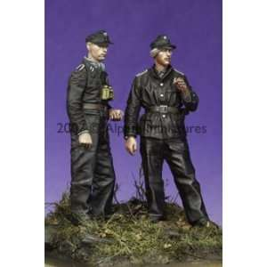 Late War WSS Panzer NCO Set (2 Figures) (Unpainted Kit