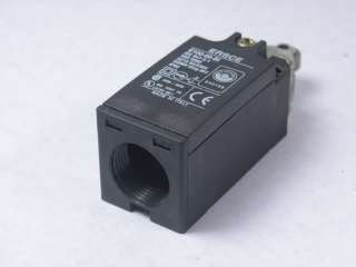 ERSCE E100 00 BI / E10000BI Limit Switch w Roller Lever