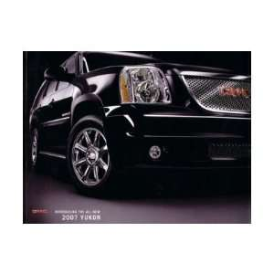 2007 GMC YUKON Sales Brochure Literature Book Piece