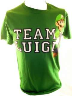 Super Mario Bros. Mens T Shirt   Team Luigi (Nintendo, Wii