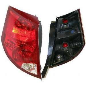 04 SATURN ION SEDAN TAIL LIGHT LH (DRIVER SIDE) (2004 04